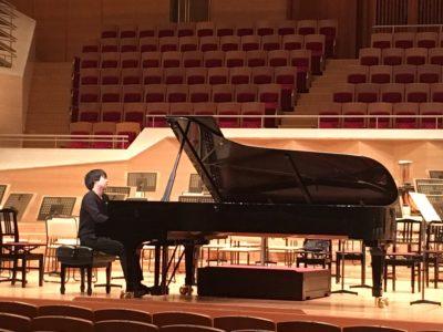 ピアノ 藤田真央の父親・全健さんは医師だった。母親はピアニスト?